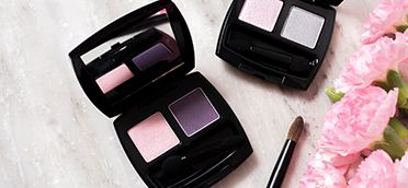 Swipe on a velvety soft finish in high impact color w/ @Avon True Color Eyeshadow Duo! #AvonRep