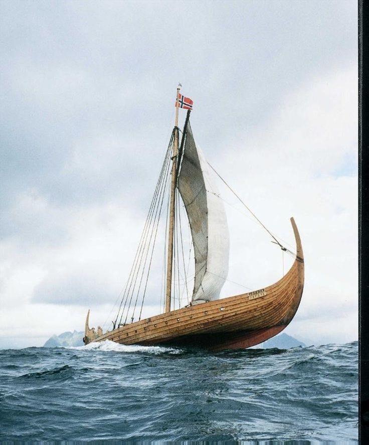 Lofotr Viking Museum - Norge... This is a great picture, as it shows you how, using the sail position correctly, the whole vessel is lifted out of the water, and 'skids' over the waves! An engineering feat not achieved until the Hoovercraft was invented, 1000 years later!