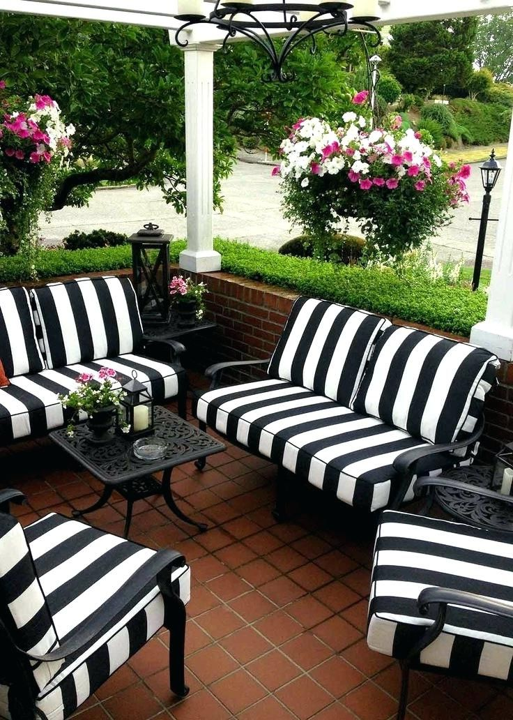 If You Decide To Buy Wicker Or Rattan Furniture Check To See If