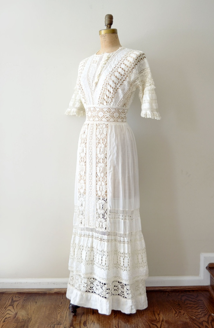 Vintage 1900s edwardian ivory lace wedding tea dress for Ivory lace wedding dresses vintage