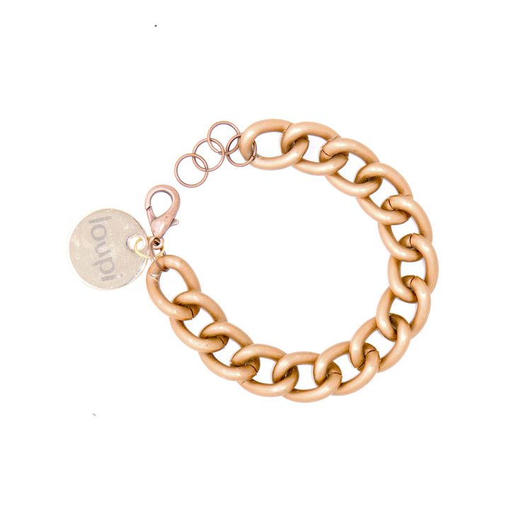 Metal chain - bracelet in the color of dark gold. You can give it to your best friend with your name written down. Fits to elegant stylizations. Woman who love gold jewellery must have it!
