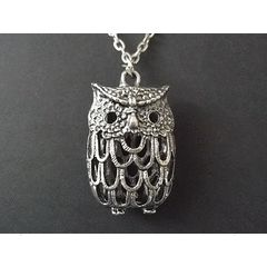 Vintage style Owl Pendant Necklace for R55.00
