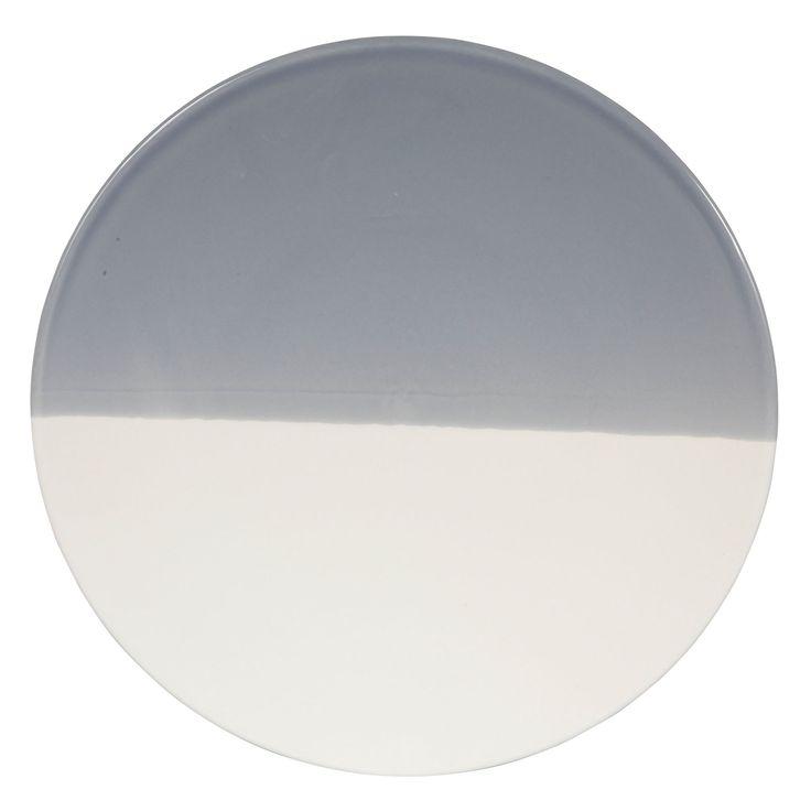 Assiette blanche et bleue 22 cm 18$  Contactez-nous  581-996-9001