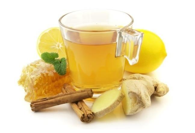 V letním období můžete pít čaj se zázvorem, citrónovou kurou  a med. Zdravé občerstvení - yum :)