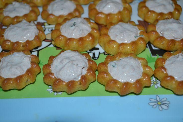 Mini saint- honoré salé à base de st morêt - chez kiki cuisine