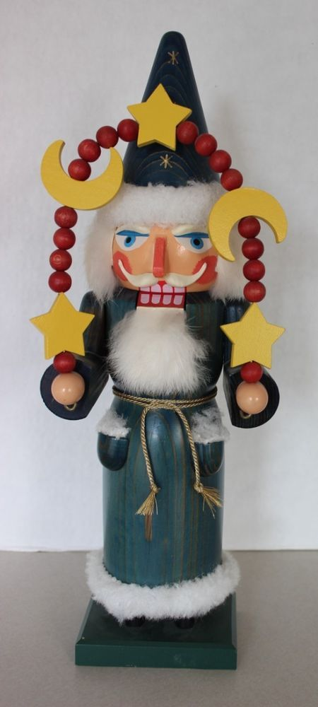 92 best christmas nutcrackers images on pinterest nutcrackers