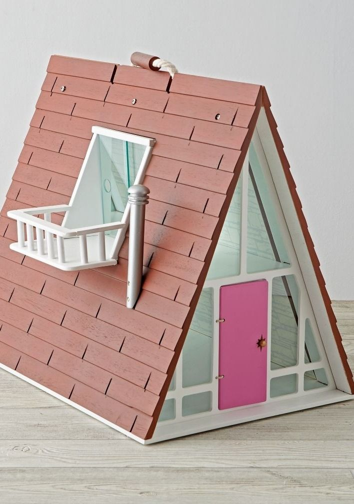 Bright, modern and filled with style, this A-Frame Dollhouse Deluxe kit has it all. The dollhouse includes plenty of rooms for your kids to play make-believe. Plus, the house comes alive with the help of our coordinating family, furniture and décor sets.
