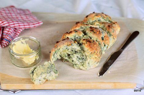 Spinach and Feta Plait: Lunchbox Baking, Plaits Recipes, Feta Breads No, Spinach Feta, Feta Plaits, Braids Breads, Lunches Ideas, Breads Braids, Feta Braids