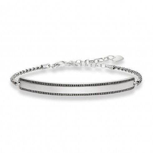 Do you let your mood decide what you wear and how you accessorize? If yes, #ThomasSabo #BraceletUK is a must have. There are a variety of models which speaks a different sense of style and personality. Choose the ones your soul connects with a complete your style statement.  #ThomasSaboBracelet #BraceletUK #BraceletInUK #Bracelet #braceletsforwomen