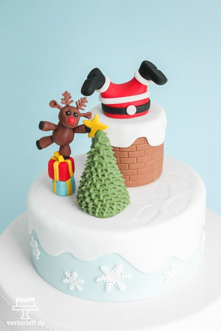 Der Weihnachtsmann steckt fest - christmas cake with santa claus and his reindeer