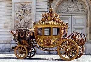 Le carrosse du sacre de Charles X. Copyright RMN (Château de Versailles)Gérard Blot