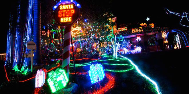Best Streets for Spectacular Christmas Light Displays