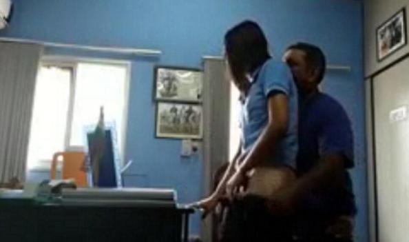 politico se grabo haciendo cosas en su despacho con una joven de 20 años