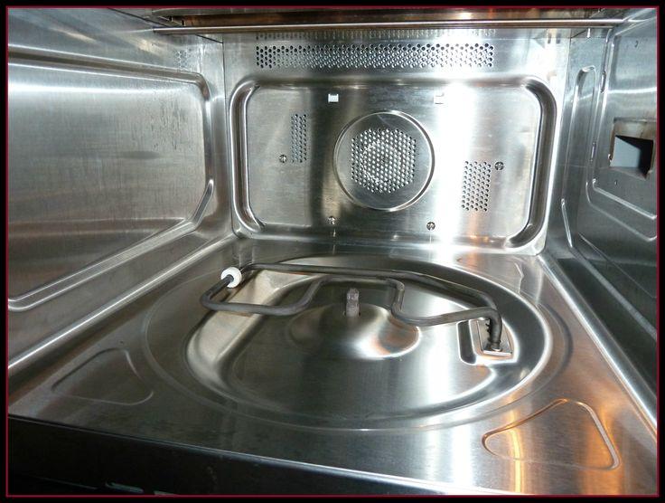 Na het opkoken van azijn boen je het vuil veel gemakkelijker weg uit de magnetron!