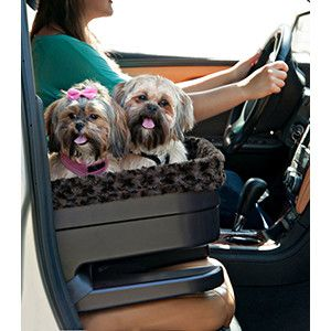The Pet Gear Comfort Booster Seat gives your furry family member a raised perch for vehicle travel. The elevated height of the pet booster chair allows your dog views out your car window, which helps