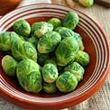 12 foods with more vitamin C than oranges. For low carb, I'd go with the veggies: Bell Peppers, Kale, Broccoli, Cauliflower, and Brussel Sprouts.