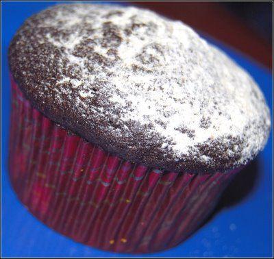 vegan chocolate cupcakeVegan Chocolates Cupcakes, Chocolates Cake, Chocolate Cupcakes, Vegan Recipe, Cake Vegan, Baking Cupcakes, Baking Healthy, Vegan Cake, Holy Cows