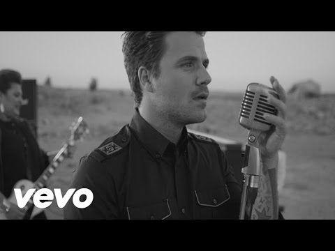 Dani Martín - París (letra) HD - YouTube