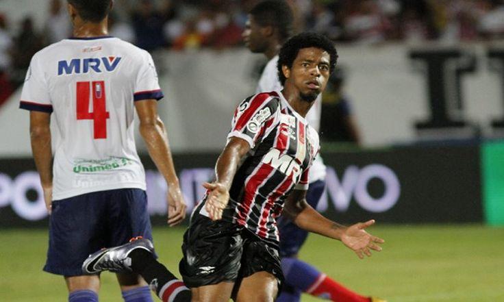 Um dos destaques o Brasileirão, o atacante Keno vem movimentando o mercado da bola nas últimas semana. Nessa semana o Flamengo entrou na briga pelo jogador.