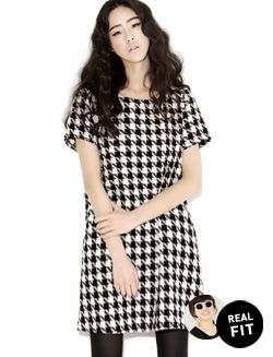 Today's Hot Pick :Houndstooth Shift Dress…