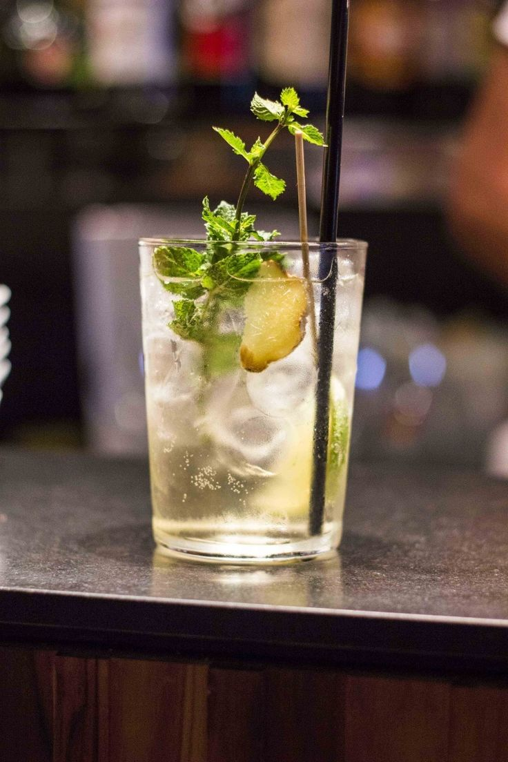 Hugo, cocktail alcolici con Prosecco, ricette con Prosecco e Sambuco