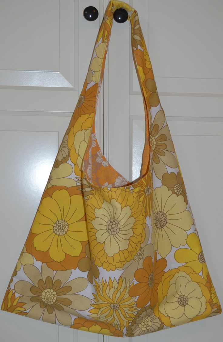 Reversible Retro bag made from pillowcases ;-)