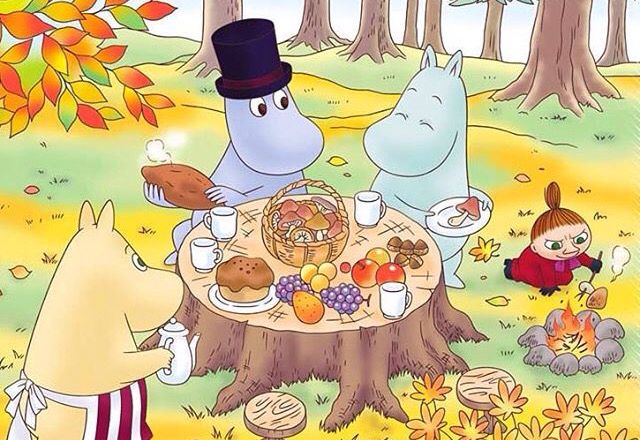 Picnic with moomin family