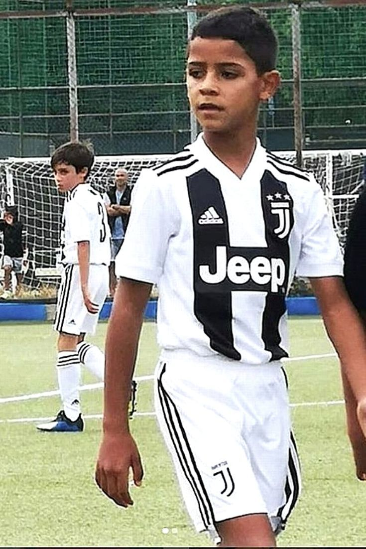 100% authentic 09151 ee190 Ronaldo Jr. in the debut match for Juventus youth team up to ...