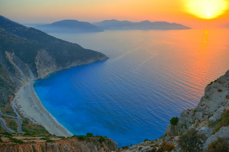 At  Globetrotting Stiletto, one of our goals is to inspire you to see as much as possible. Which is exactly why we put together a cluster of 6 isles that are linked in a chain down the west coast of Greece. Paradise is awaiting for you at the Greek Ionian Islands.