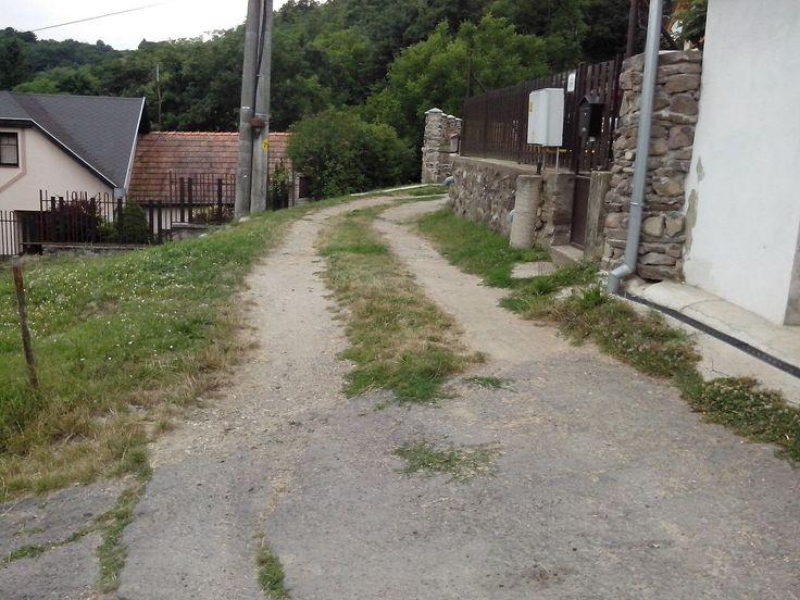 Horša - cesta na hornom konci