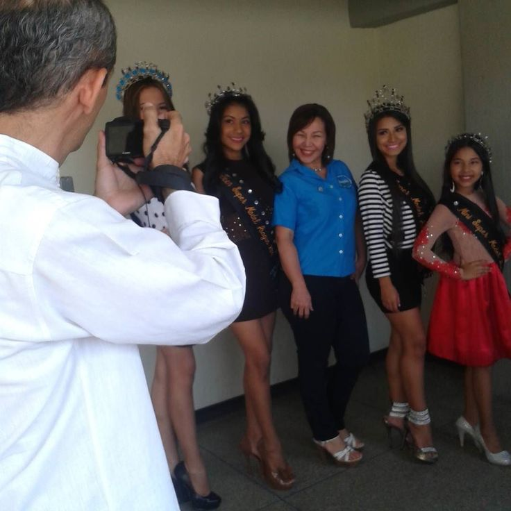 Viernes de modelos con una sesión fotográfica con las reinas de @modelstma en las instalaciones de @emanaluz.mcy.  Apoyando el Talento Aragüeño a través de esa importante  Agencia de Modelaje en la que se forman desde muy pequeñas esas futuras Reinas de Bellezas de Aragua.  Síguenos:  @publiciudadmcy @publiciudadmcy @publiciudadmcy .  #sesion #fotografia #modelos #reinas #chicas #jovenes #talento #bellas #misses #agenciademodela #moda #fashionista #belleza #emanaluzmcy #outfit #vestimenta…