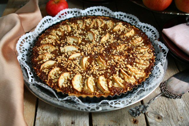 Apple, Ginger and Treacle Tart | If I could bake.... | Pinterest