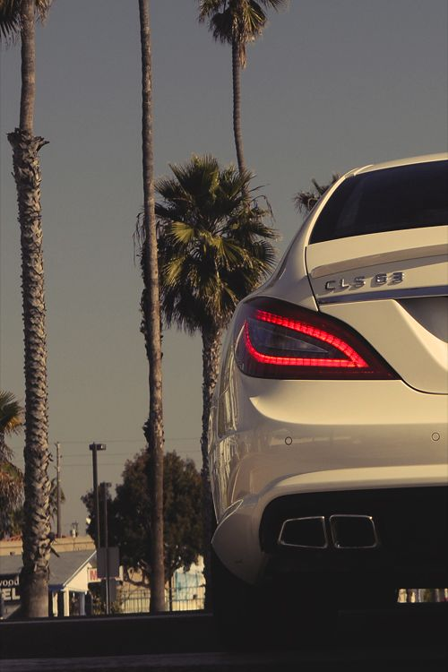 Mercedes Benz CL63 AMG.