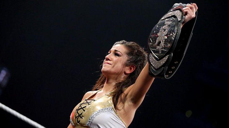 NXT TakeOver: Brooklyn: Bayley vs. Sasha Banks| WWE.com