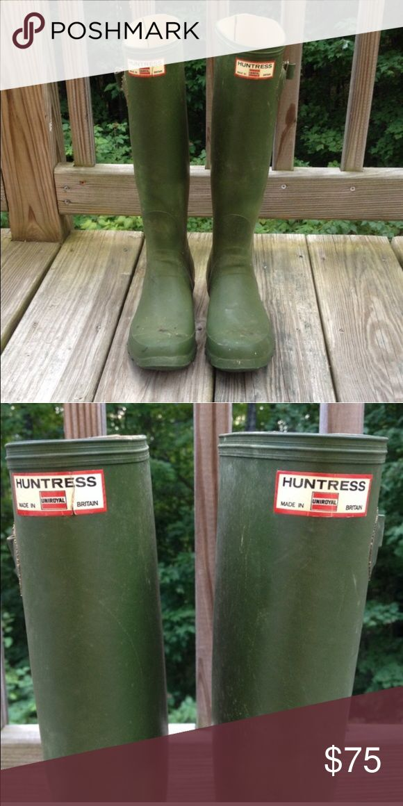 Vintage Huntress Wellies Cute green rain boots. Vintage, made in Britain. Straps in tact. Inside soles just replaced. Can fit a 6-6.5. No holes. Hunter Boots Shoes Winter & Rain Boots