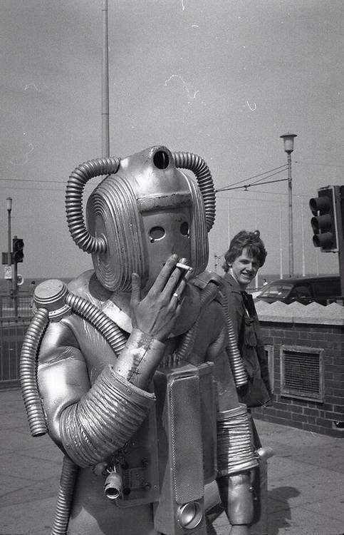 Even cybermen smoke