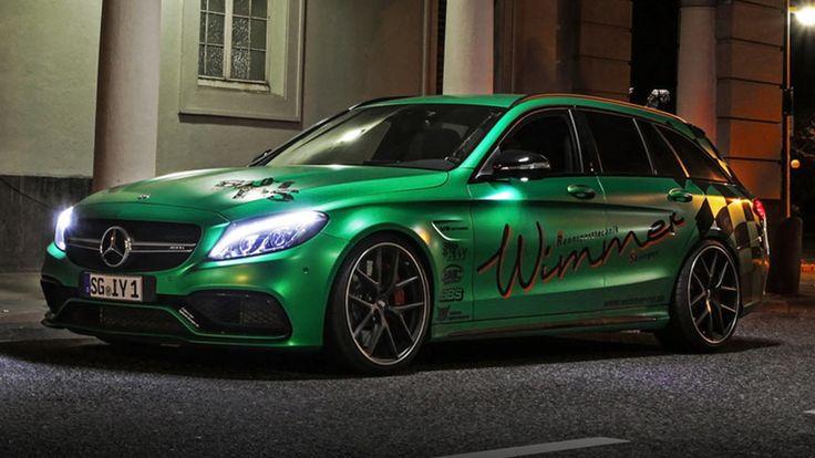 A première vue, cette voiture est réellement impressionnante. Près de 800 chevaux dans ce break Mercedes Un châssis rabaissé, des jantes noires contrastant avec la peinture verte de la carrosserie, des phares à LED tels deux yeux brillant dans le noir, des vitres teintées, des stickers racing. Rien que l'extérieur de cette Mercedes-AMG C63 S Estate est une œuvre d'art à lui tout seul. Mais c'est bien sous le capot que se dévoilent les caractéristiques les plus impressionnantes de ...