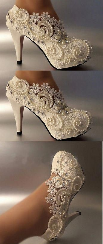 15 Most Trendy and Comfortable Bridal Footwear – STYLEATEAZE.COM   weddingshoes 7fa990c0fbec