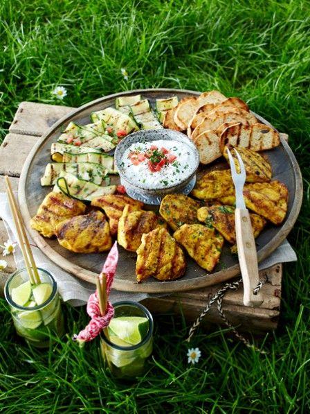 Grillplatte mit Hähnchen und Zucchini #Rezept #Grillen #Garten #BBQ