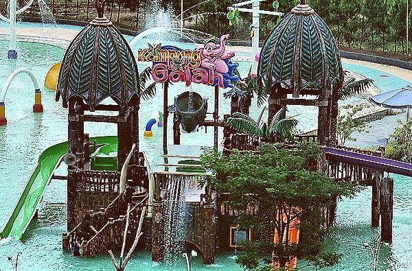 Panduan di Waterboom Kampung Gajah Bandung