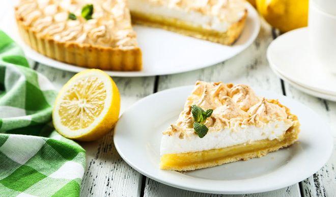 Leichter Low Carb Zitronenkuchen mit Meringue