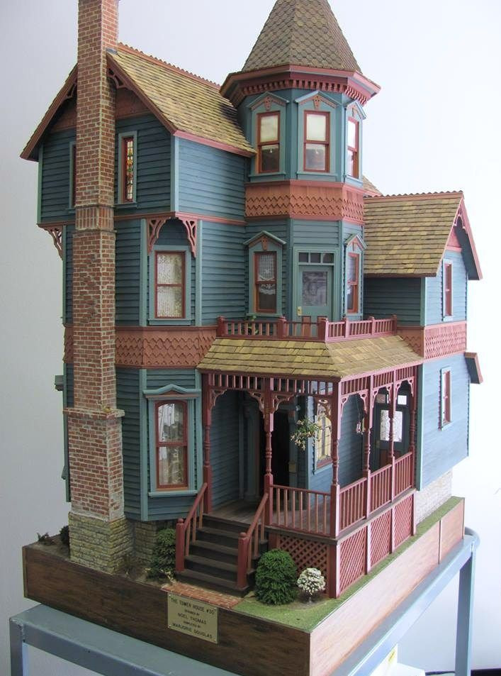 25 b sta victorian dollhouse id erna p pinterest for Tower house for sale
