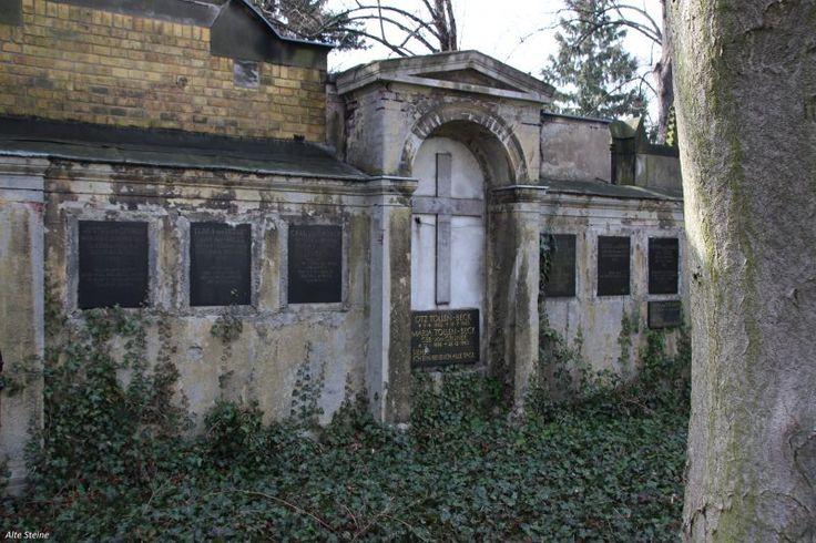 Alte Friedhöfe