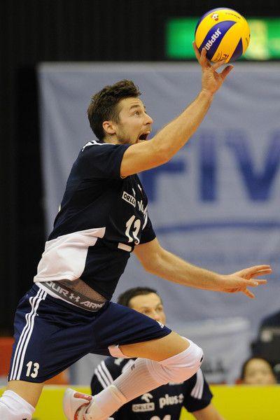Argentina+v+Poland+FIVB+Men+Volleyball+World+6NjsnoiwnYwl.jpg (400×600)
