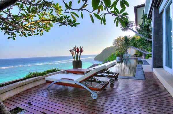 Great Deal On a Unique Absolute Cliff Front Villa -  #Villa for Sale in Nusa Dua, Bali, Indonesia - #NusaDua, #Bali, #Indonesia. More Properties on www.mondinion.com.