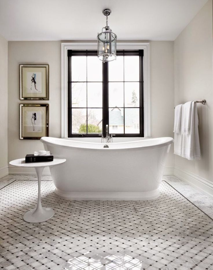 Master Bath | Soaking tub