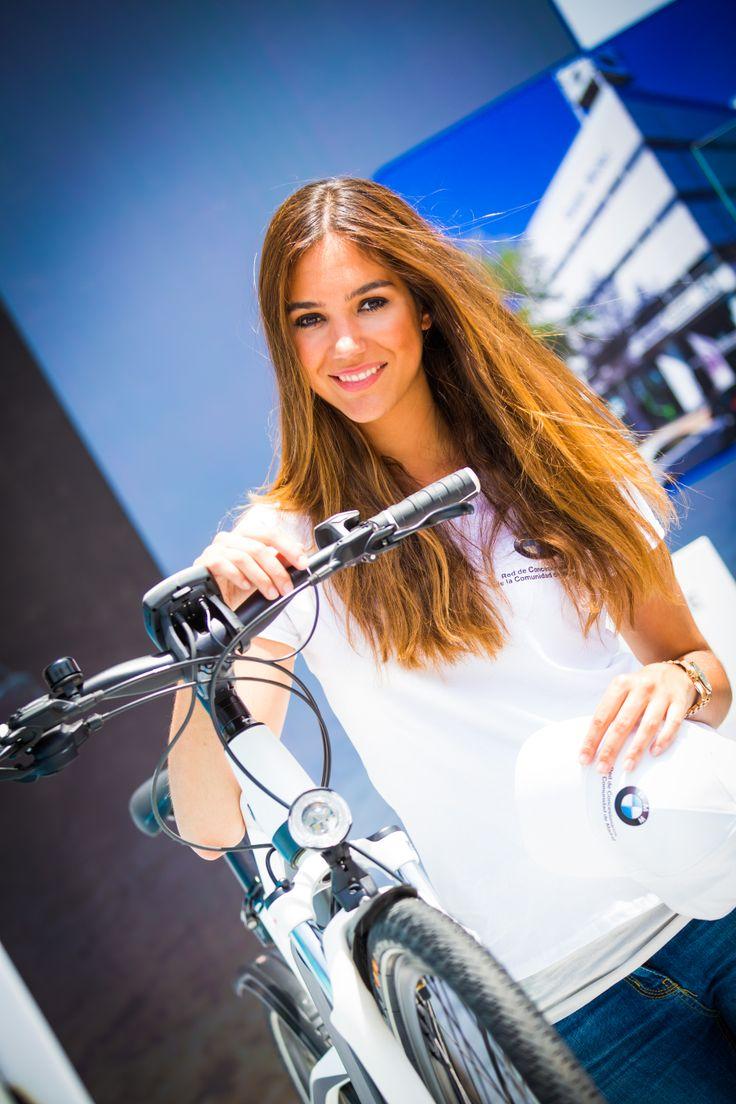 Nuestras azafatas en evento presentación del nuevo #BMW i8. #AurigaCoolMarketing #Eventos #Marketing @Auriga Cool Mkt   Facebook: AurigaCoolMarketing. www.auriga.es