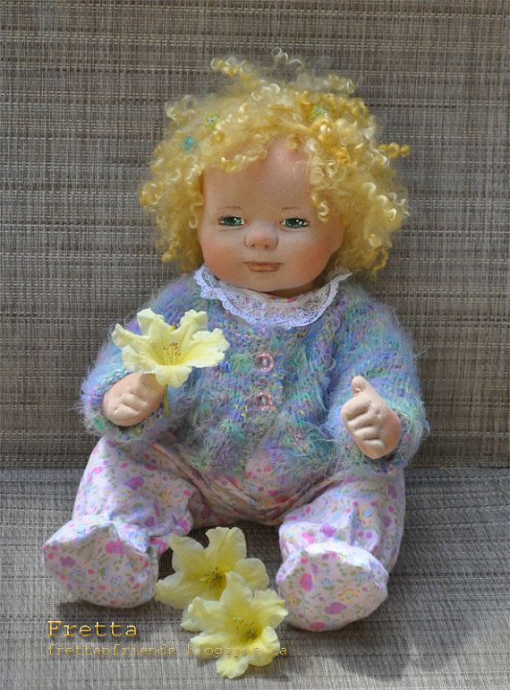 "SALE!Fretta's OOAK Clay & Cloth Baby Doll, Soft Sculpted weighted 18"" - 46 cm tall Baby Girl. Curly Blonde Hair / Green Eyes."
