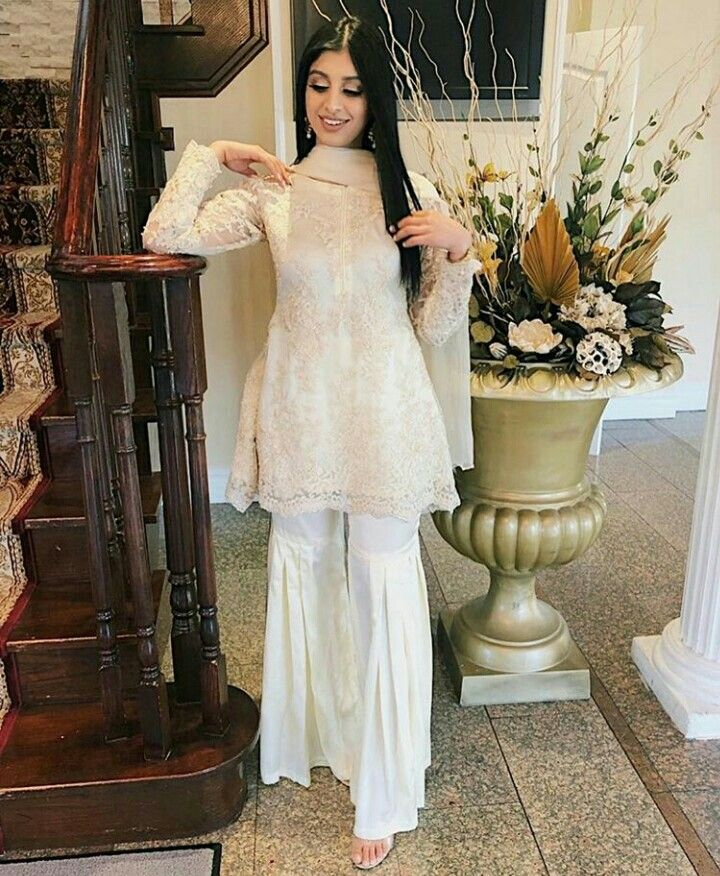 1dd5c3d3f91e Pin by Random on Desi outfits   Indian fashion, Asian bridal wear, Indian  attire