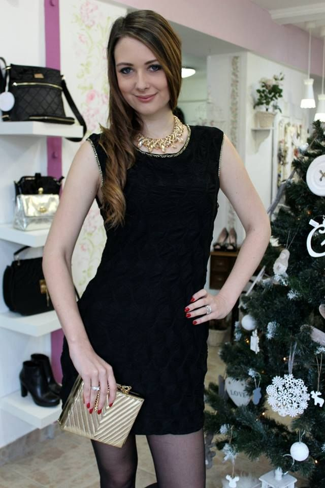 Black casual dress
